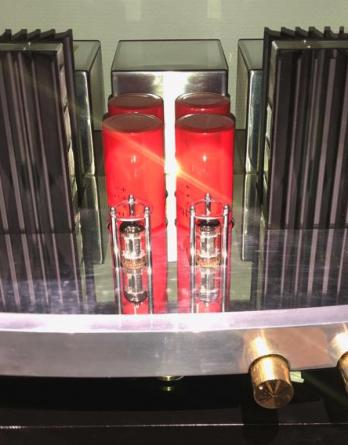 Pathos Twin Tower - Hybride buizen versterker - ECHO Audio Terneuzen